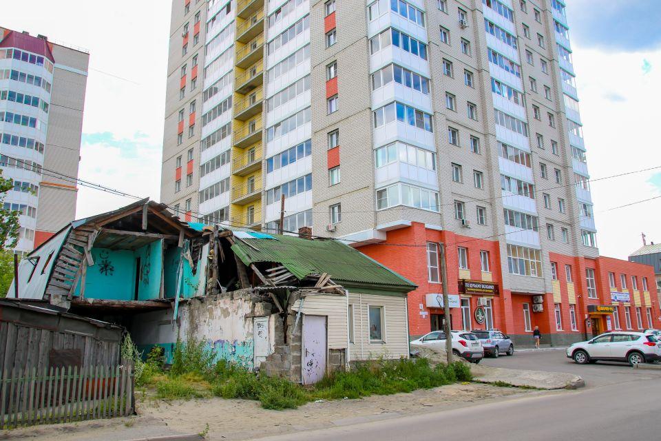 Многоэтажка на ул. Молодежная, 111