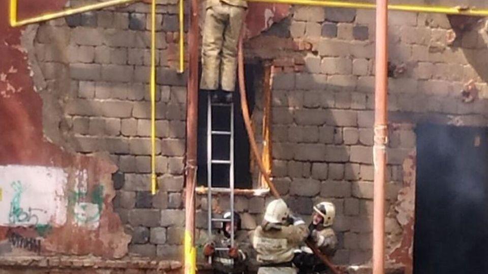 Пожар в аварийном доме на Потоке, ул. Беляева, 20