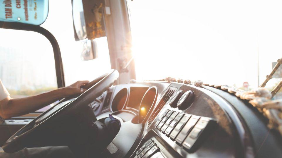 Автобус. Водитель