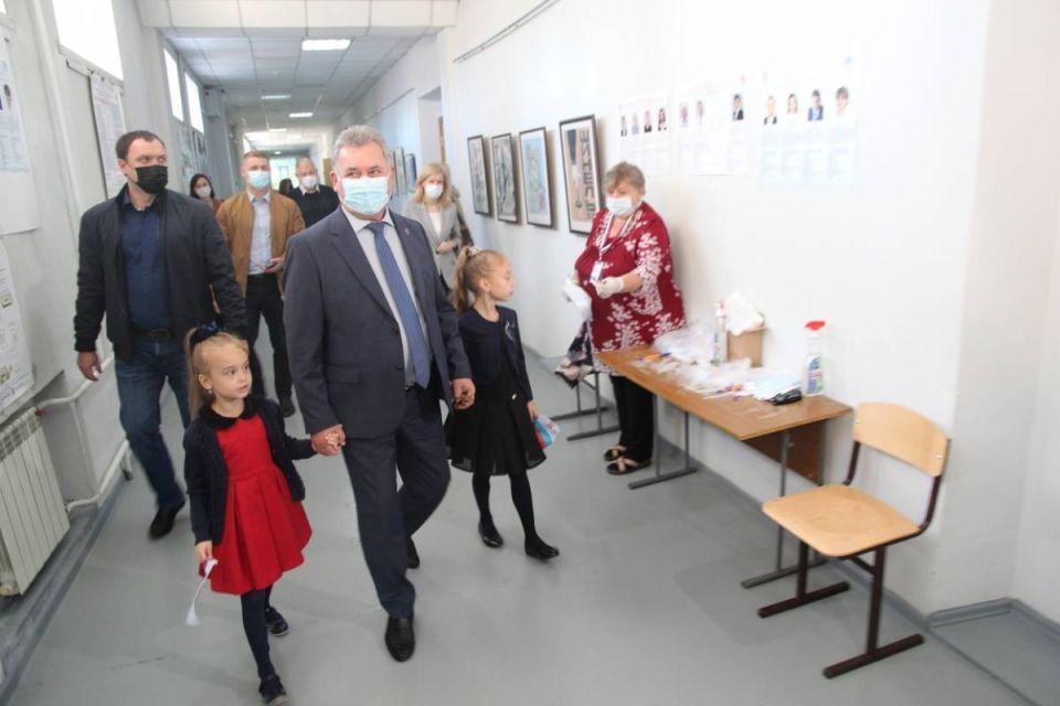 Спикер АКЗС Александр Романенко