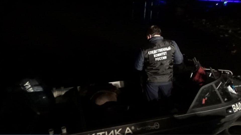 Столкновение лодок в Барнауле на Оби