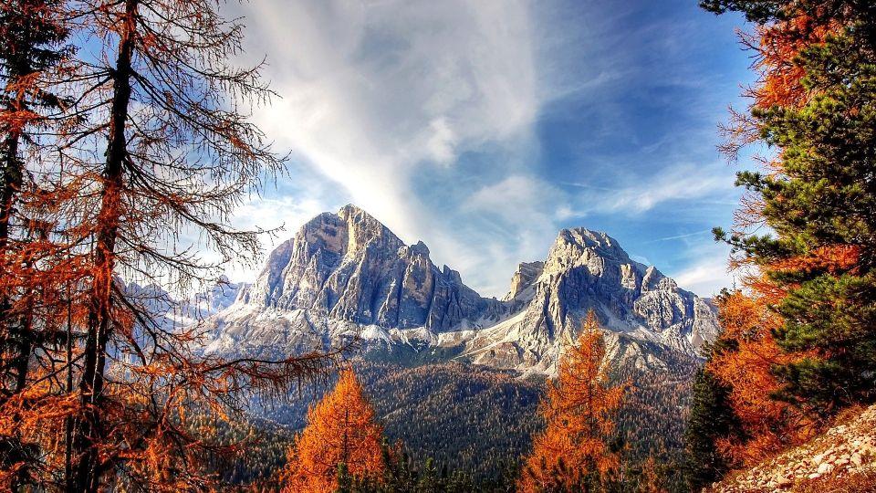Осень. Горы. Листва