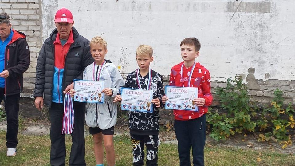 Победители и призеры среди младших юношей