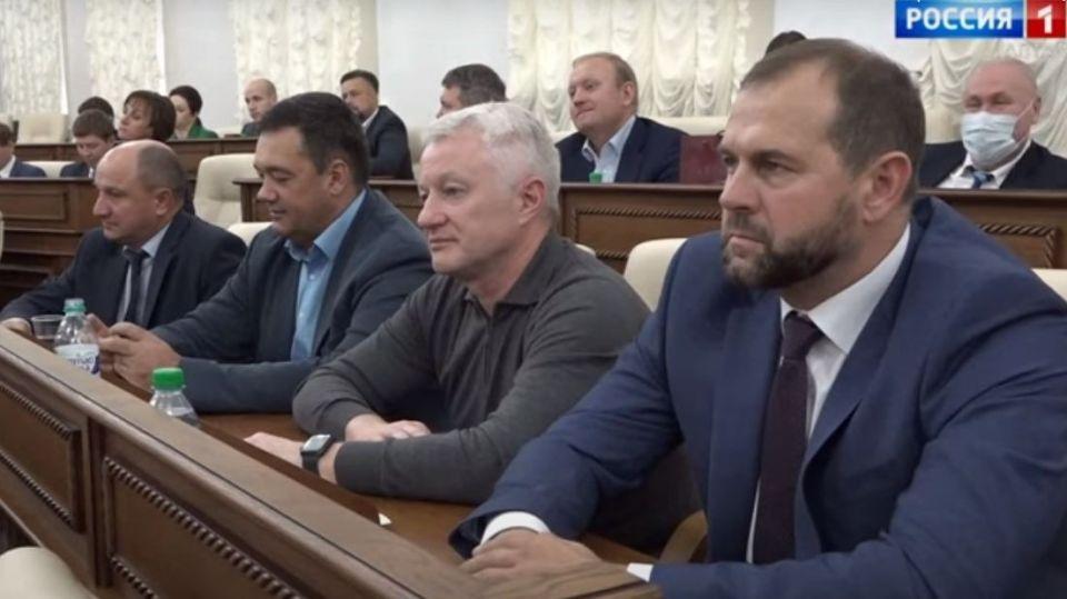 Депутаты АКЗС