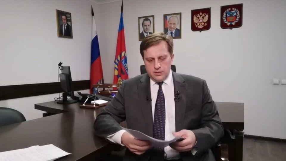 Дмитрий Попов во время прямого эфира