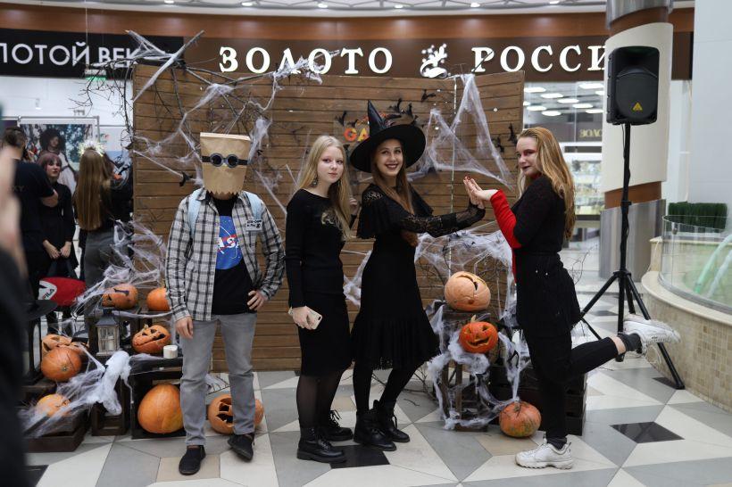 Фото:Анна Меньшикова, Толк
