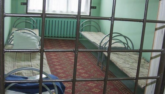 15-летняя жительница Барнаула неделю проведет под арестом