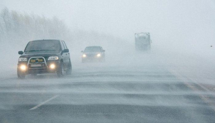 Алтайское МЧС рекомендует воздержаться от дальних поездок из-за непогоды