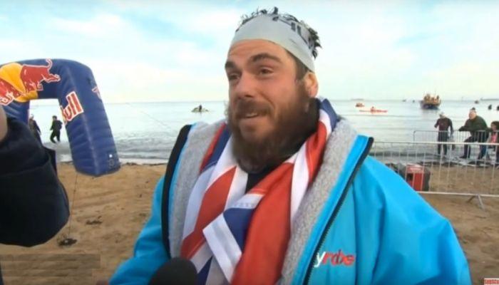 Это рекорд: спортсмен вплавь обогнул Британию за 155 дней