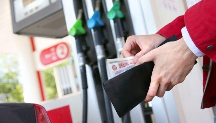 ФАС подписала соглашение о заморозке цен на топливо