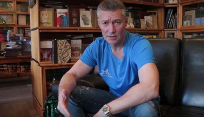 Ройзман предложил отправлять депутатов на медосмотр за идиотские инициативы