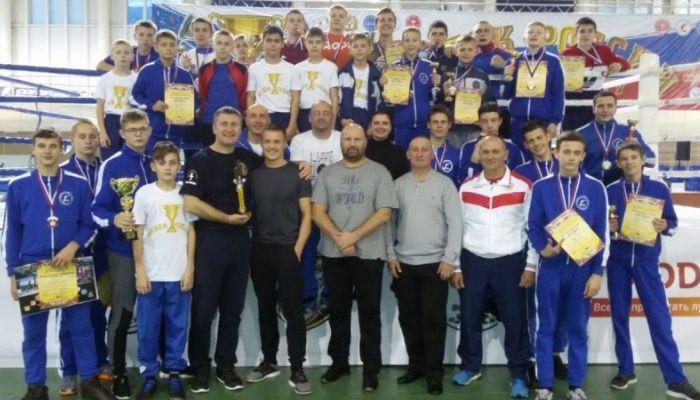 Алтайские кикбоксеры выиграли Кубок России
