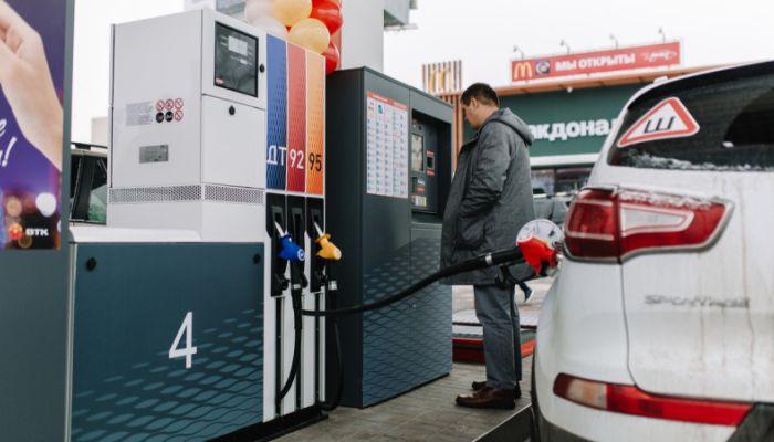 ФАС напомнила частным АЗС о снижении цен на топливо