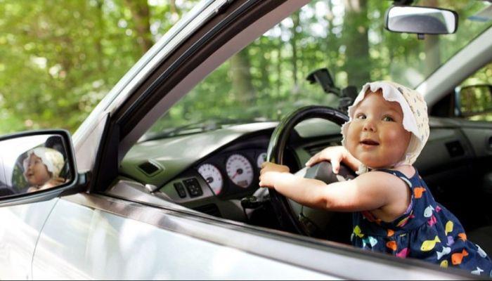 Возраст для получения водительских прав могут повысить в России