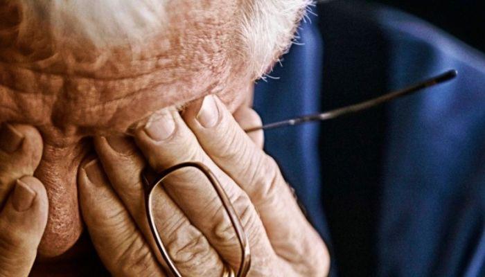 Российские ученые назвали причины деменции и депрессии