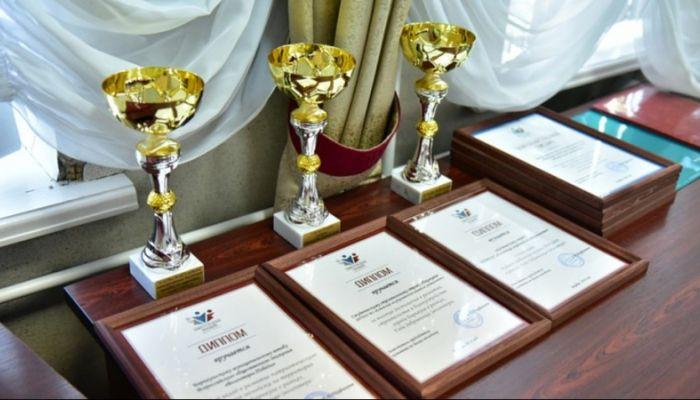 Лучших волонтеров наградили в Барнауле: как это было