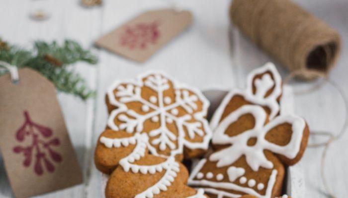 Как приготовить новогодние имбирные пряники на праздничную елку