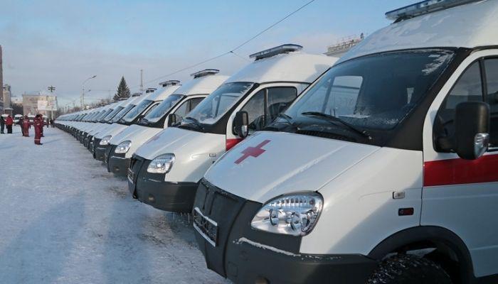 49 автомобилей скорой помощи вручили медорганизациям Алтайского края