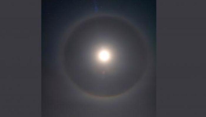 Жители Бийска наблюдали лунное гало
