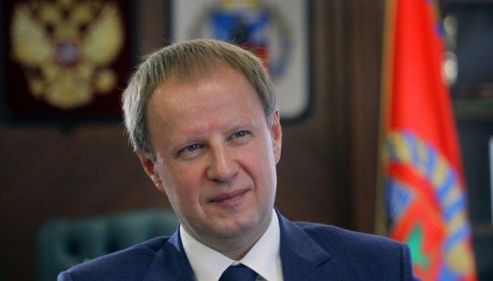 Виктор Томенко поздравил жителей Алтайского края с наступающим Новым годом
