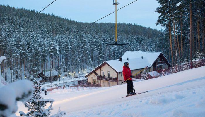 Самый высокогорный в Алтайском крае лыжный комплекс открыли на Белокурихе-2