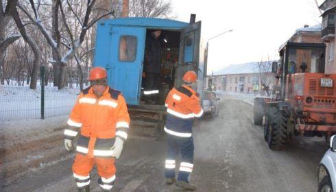 Авария на водопроводе произошла 7 февраля в районе Потока в Барнауле