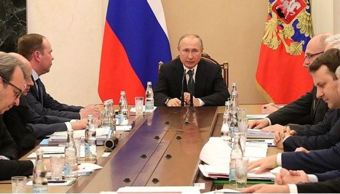 На послание Путина Федеральному собранию приедут 1300 человек