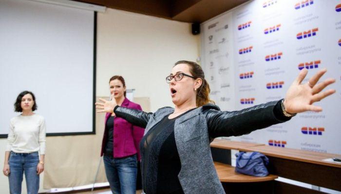Как проходят репетиции проекта Большая сцена в Барнауле