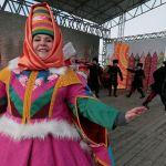 Блин от губернатора и рекорд России: как прошла Сибирская Масленица на Алтае