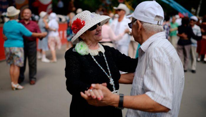 Минздрав заявил о рекордной продолжительности жизни в России