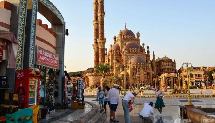Стали известны сроки возобновления чартеров из России в Египет