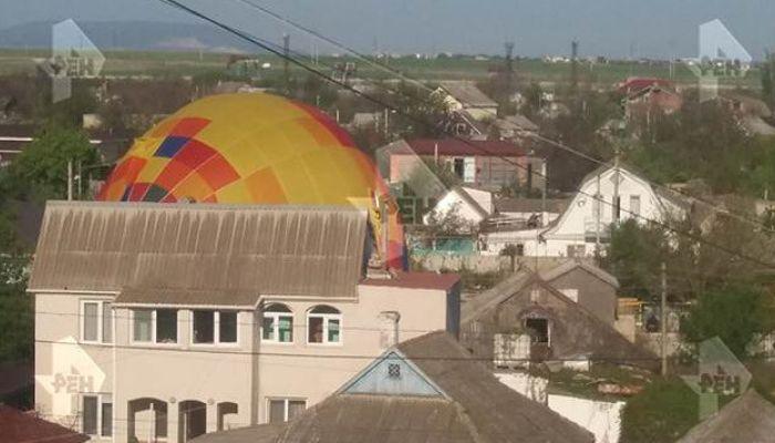 Ребенка на воздушном шаре унесло ветром в Крыму