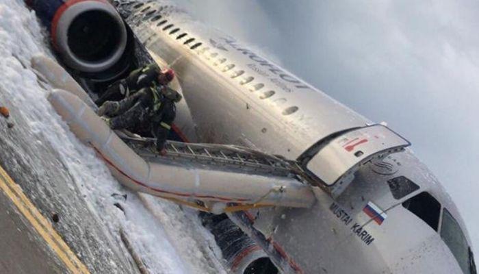 Страховые компании Аэрофлота выплатят компенсации пассажирам SSJ-100