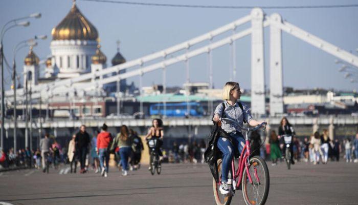 Эксперты оценили ущерб экономике от майских праздников
