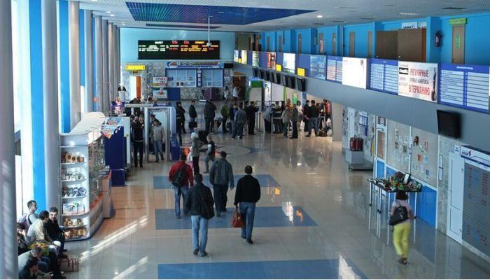 Самолет из Барнаула в Москву не вылетел из-за трагедии в Шереметьево