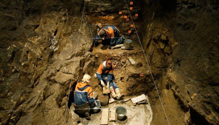 Родственники обитателей алтайской Денисовой пещеры нашлись в Тибете