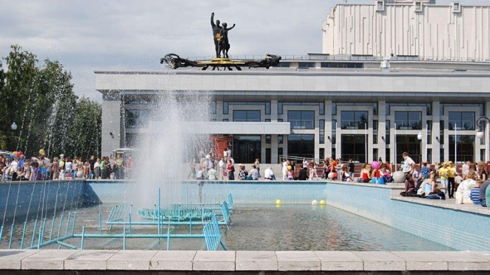Два миллиона потратят на проект плана ремонта фонтана у Театрадрамы в Барнауле
