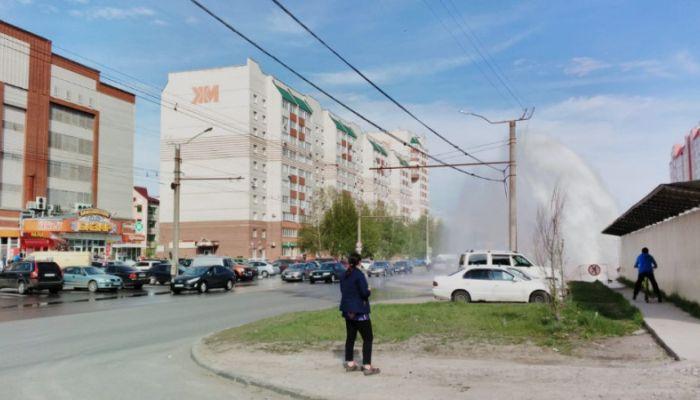 Еще один коммунальный фонтан образовался в Барнауле