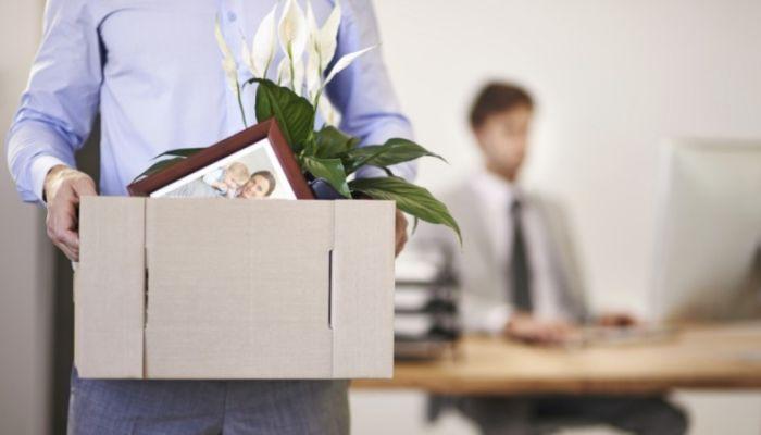Опрос: почти 70% россиян не боятся увольнения с работы