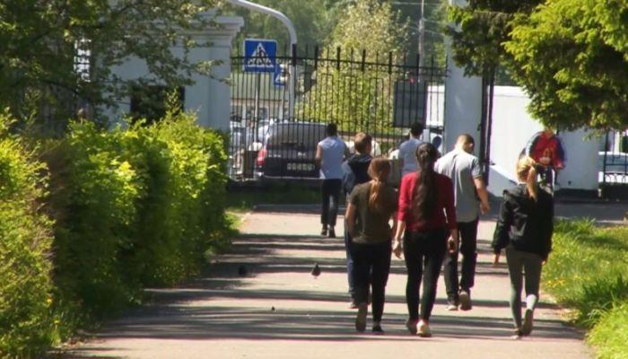 Судьбу парка Изумрудный обсудили в Барнауле
