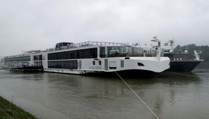 Задержан капитан столкнувшегося с катером на Дунае судна
