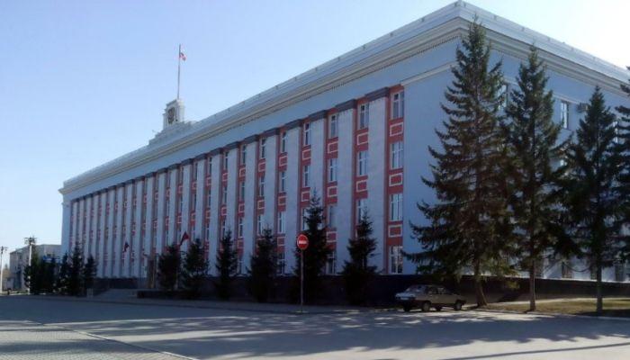 Отстающий Алтайский край получит федерального министра-куратора