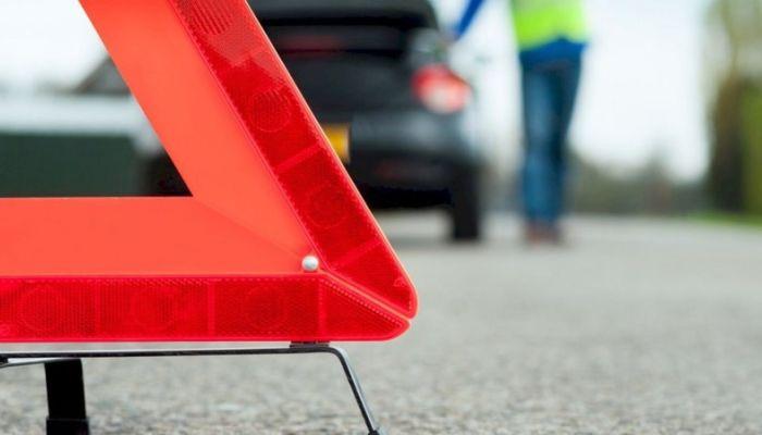 Двух девушек сбил гонщик в Барнауле, который проехал на красный свет