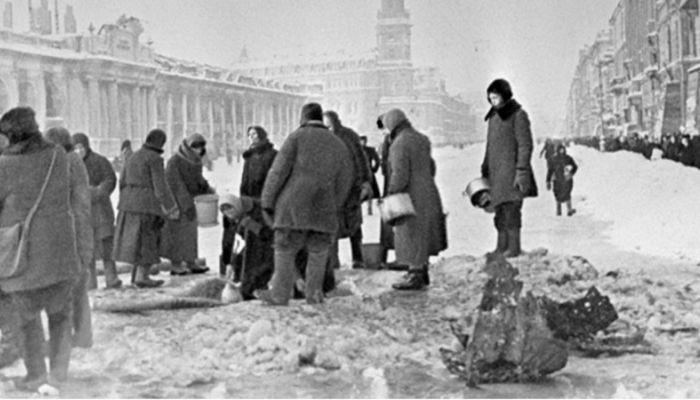 Барнаульский хронограф: памятник блокадникам Ленинграда и открытие новой улицы