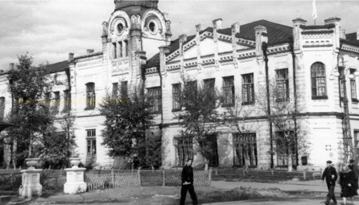 Барнаульский хронограф: работы Носовича, большая библиотека и Дом архитектора
