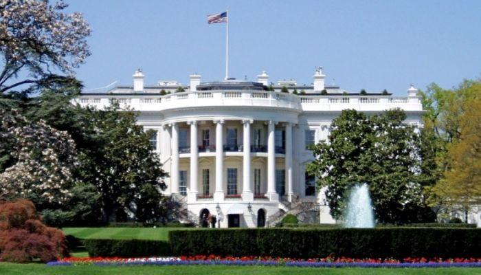Белый дом не поддержал процедуру импичмента президента США Дональда Трампа