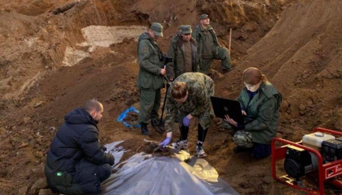СК опубликовал видео с места обнаружения в Подмосковье тел депутата и ее семьи