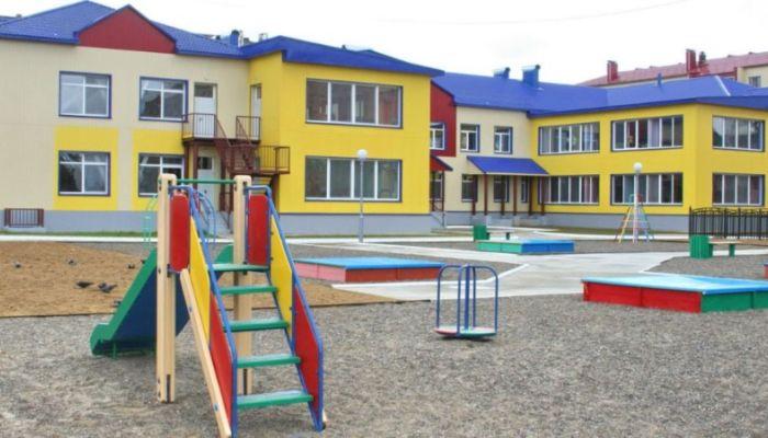Ярославского воспитателя уволили после избиения ребенка в детском саду
