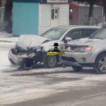 Жертвы первого снега: непогода спровоцировала несколько ДТП в Барнауле