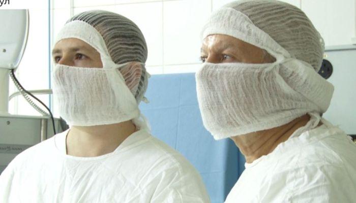 В Алтайском крае придумали, как удержать молодых врачей в регионе